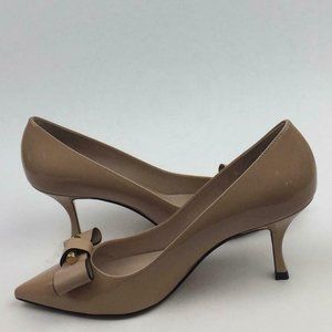 STUART WEITZMAN Belle Pointe Bow Pump sz 8
